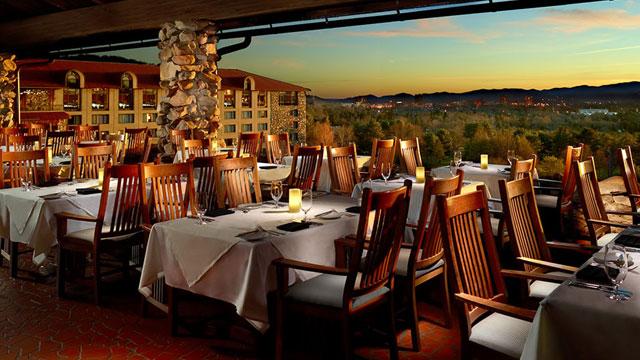 omni-grove-park-inn-sunset-terrace-640x360