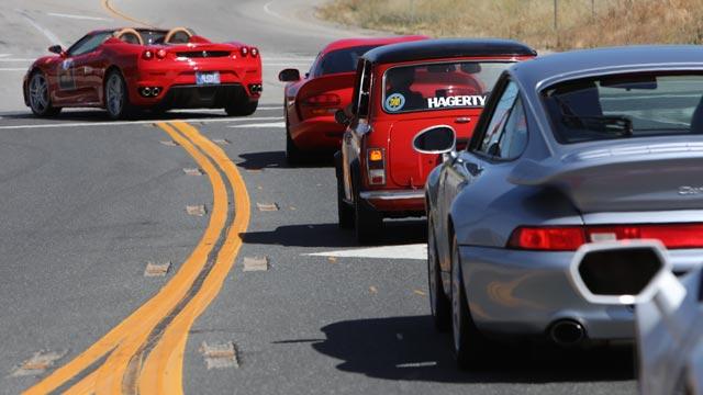 drive-toward-a-cure-california-adventure-ferrari-f430-leading-640x360