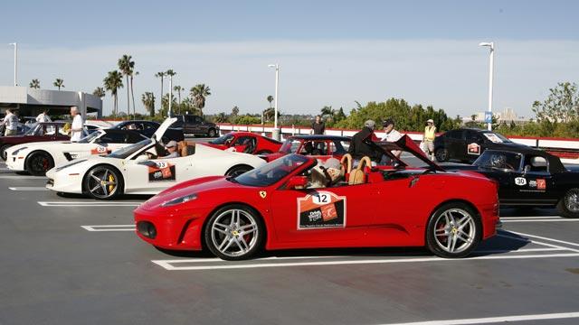 drive-toward-a-cure-california-adventure-southern-start-petersen-roof-640x360