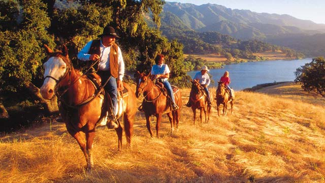 alisal-ranch-horseback-riding-640x360
