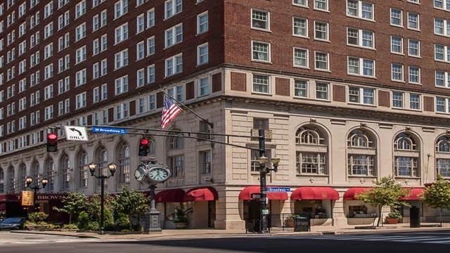 2020-bourbon-trail-getaway-brown-hotel-00-640x360