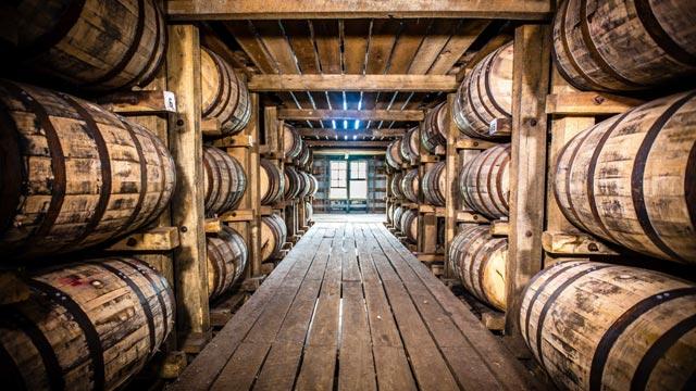 2020-bourbon-trail-getaway-distillery-tour-03-640x360